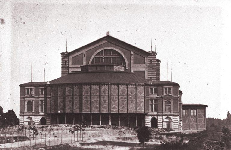 Foto Bayreuther Festspielhaus vor 1882 (ohne Königsbau) (c) RWA Nationalarchiv Bayreuth